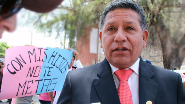 Regidor de Arequipa: 'Huaicos son castigo divino por ideología de género'