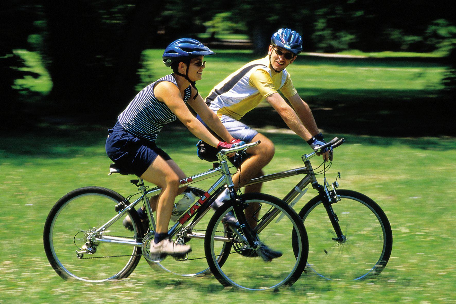 Una hora en bicicleta equivale a una hora más de vida | Vistazo