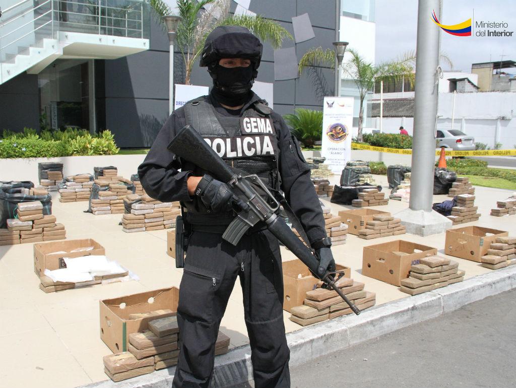 Incautaciones vistazo for Ministerio del interior policia nacional del ecuador