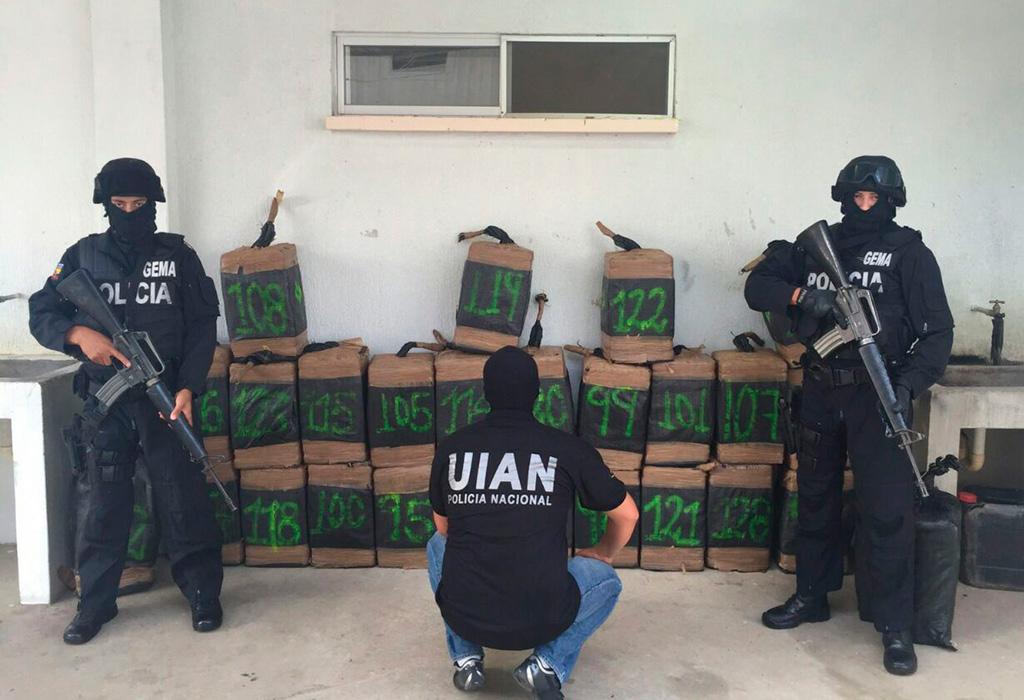 Decomisan 600 kilos de droga en esmeraldas vistazo for Ministerio del interior legalizaciones