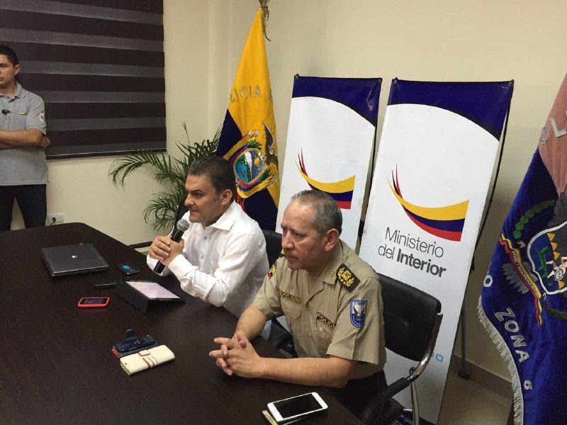 Dos detenidos por asesinato de turistas argentinas vistazo for Ministerio del interior ecuador