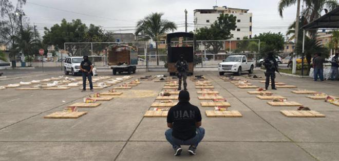 Operativo decomisa dos toneladas de droga en el oro vistazo for Ministerio del interior llamados 2016