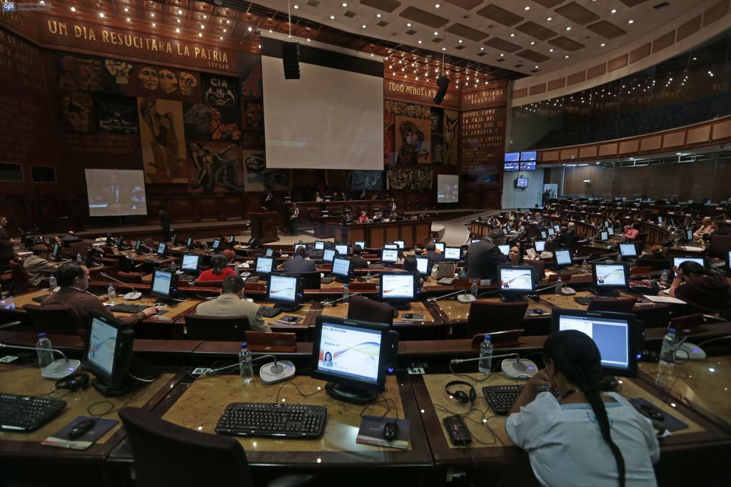 Oposición tiene reparos sobre Ley de Feriados