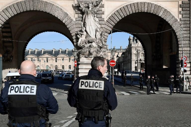 El ataque en el Louvre eleva sensación de miedo