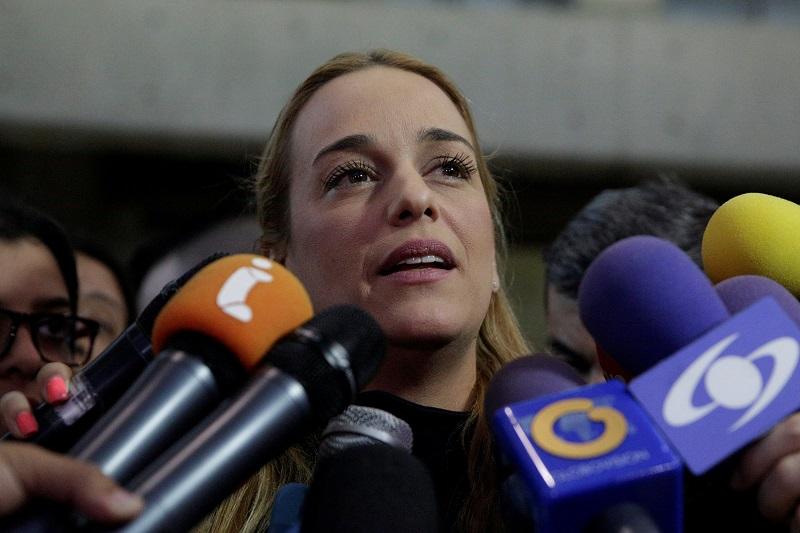 Impidieron a Lilian Tintori ingresar a Ecuador