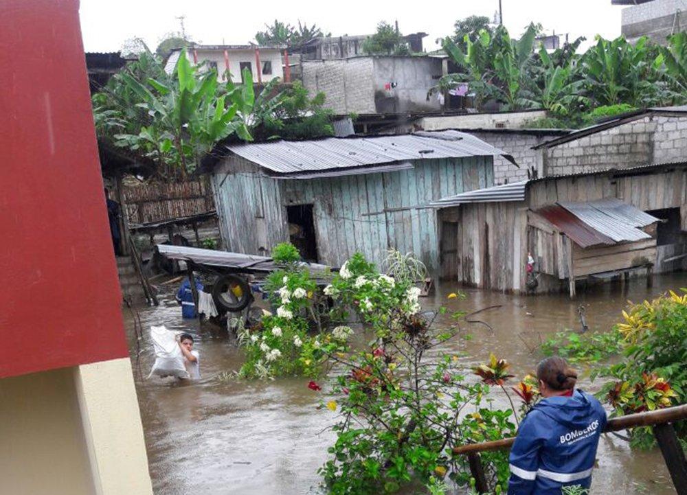Ecuador reporta 31 muertes y más de 33.000 familias afectadas por lluvias