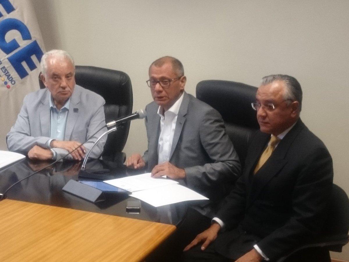 El vicepresidente pide investigar a ministros en caso Odebrecht