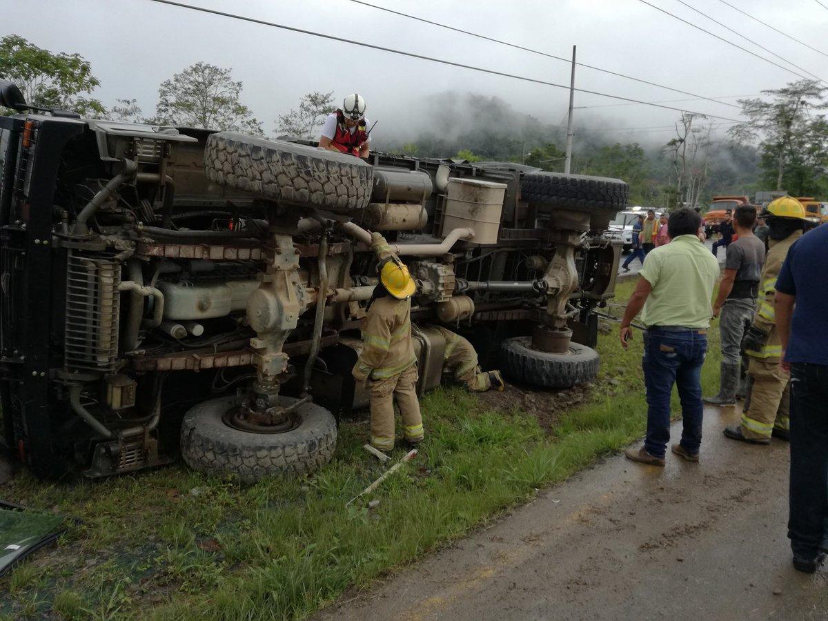 Dos muertos y 23 heridos deja accidente militar en Ecuador