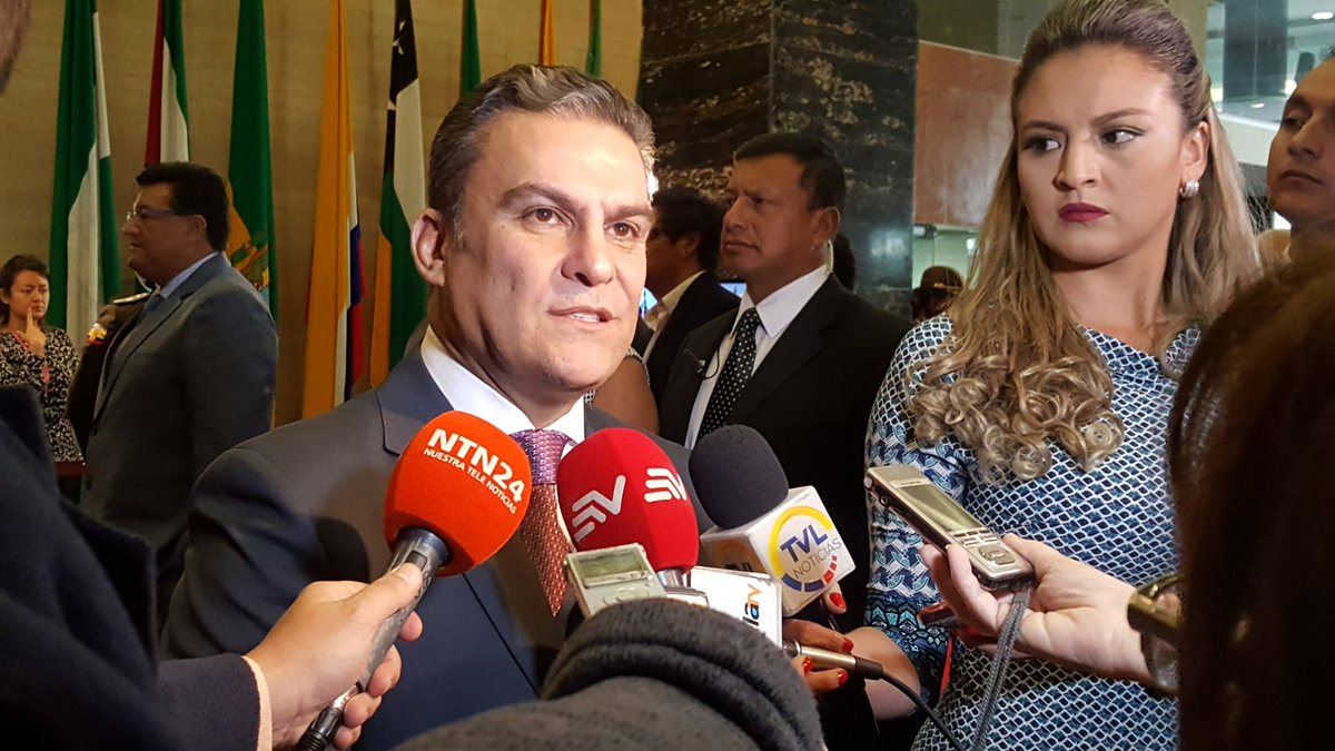 El oficialista José Serrano elegido como presidente del Parlamento de Ecuador
