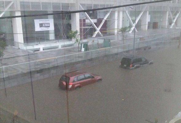 Inundación en Plataforma Financiera fue por colapso de colectores — SECOB