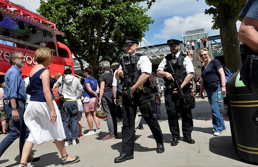 Policía británica interroga a 14 sospechosos por atentado de Manchester