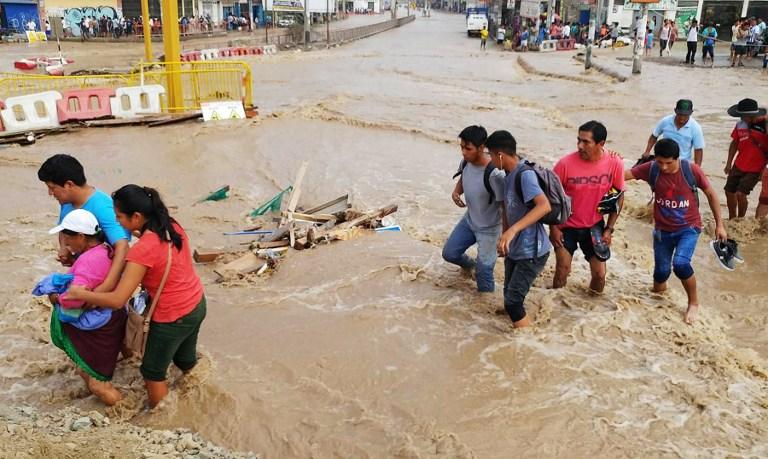 EXPRESO (Guayaquil) Perú espera respuesta sobre el muro