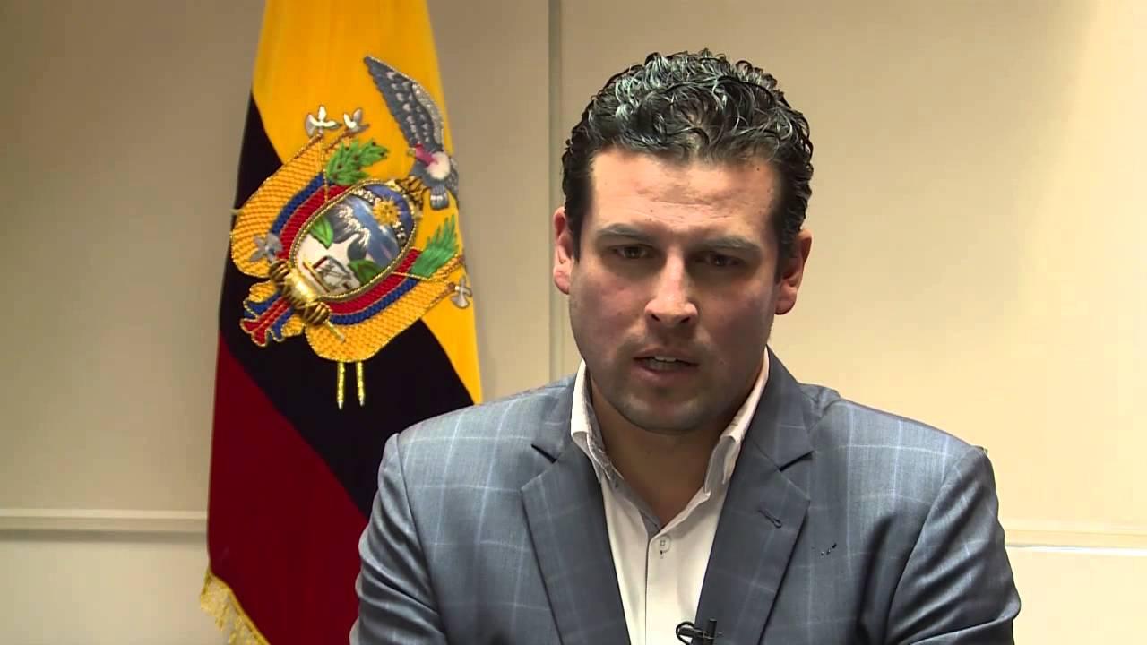 El presidente Lenín Moreno nombró 12 gobernadores