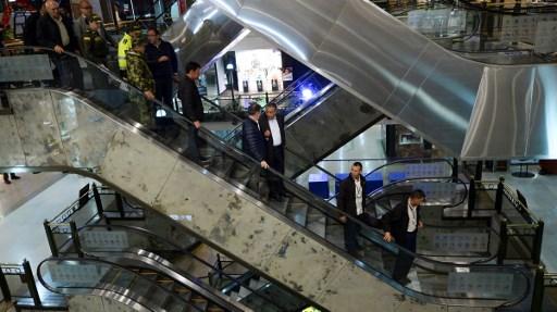 Santos regresa a centro comercial de Bogotá afectado por atentado terrorista