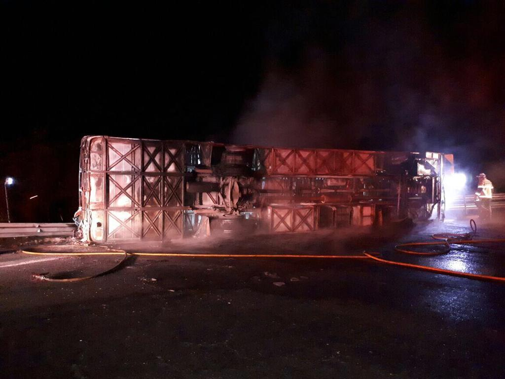 14 muertos en accidente de bus en vía Alóag-Santo Domingo