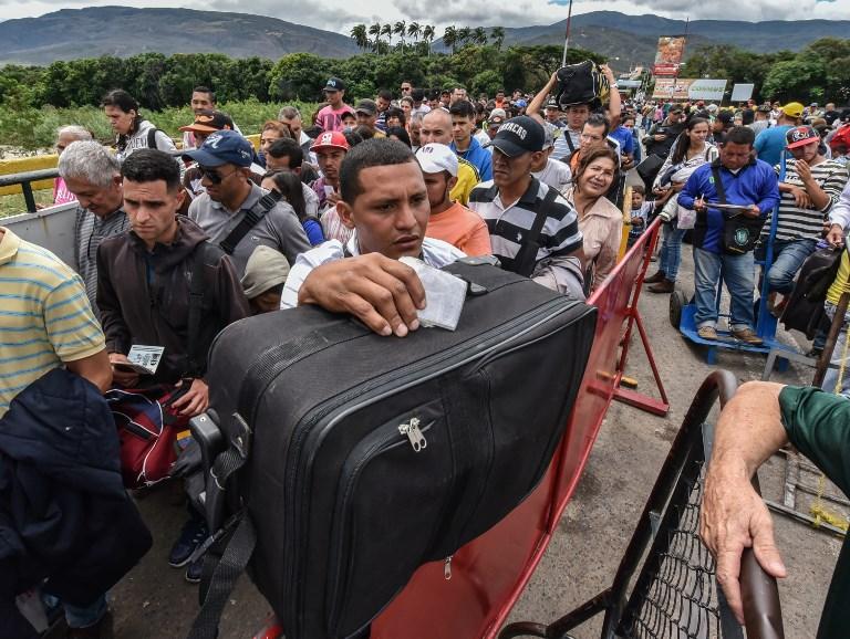 Más de 26 mil venezolanos cruzaron la frontera hacia Colombia