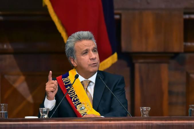 Presidente de Ecuador retiró a su embajador en Venezuela
