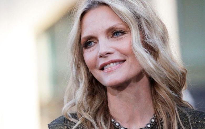 La actriz apareció con un exclusivo vestido de Dolce & Gabbana. Foto: Internet