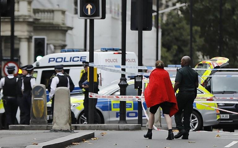 Londres| Un sujeto causó un gran pánico en medio de la ciudad