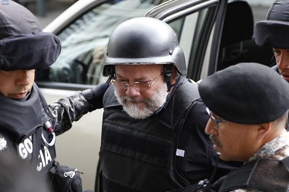 """""""Yo estaba libre, pero sentía mi conciencia presa. Ahora estoy preso aqui pero siento mi conciencia libre"""", declaró el exministro. Foto: archivo"""