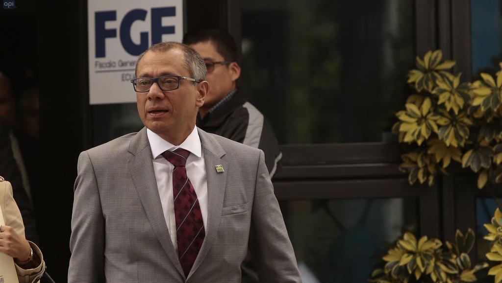 Lenín Moreno afirma que Glas ya no es vicepresidente — Ecuador