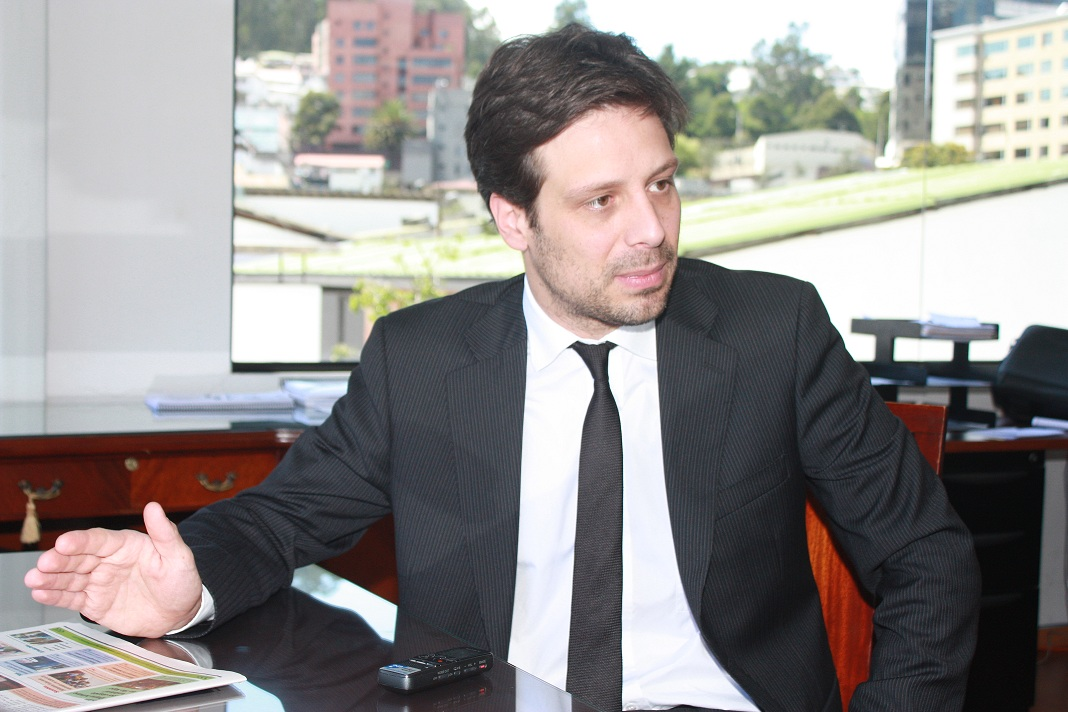 Dimite embajador de Ecuador ante ONU por 'autoritarismo' de Moreno