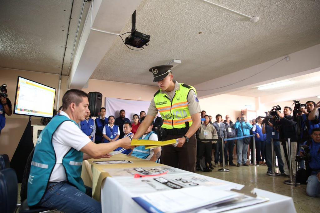 Más de 40.000 policías resguardarán la jornada electoral de la consulta popular