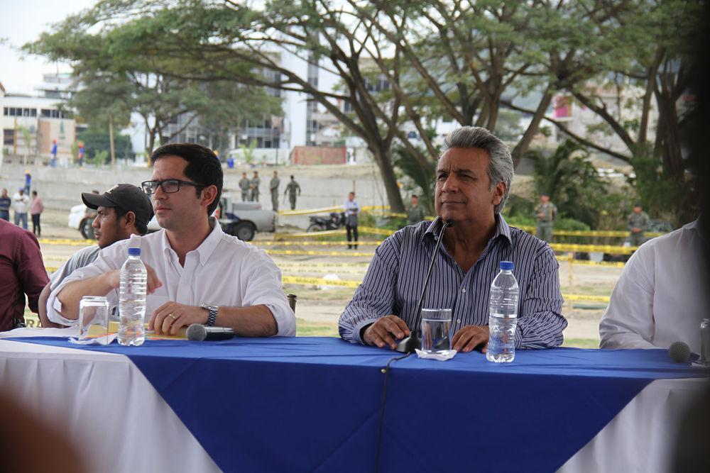 Ministro ecuatoriano justifica uso de $300 millones destinados a reconstrucción tras sismo