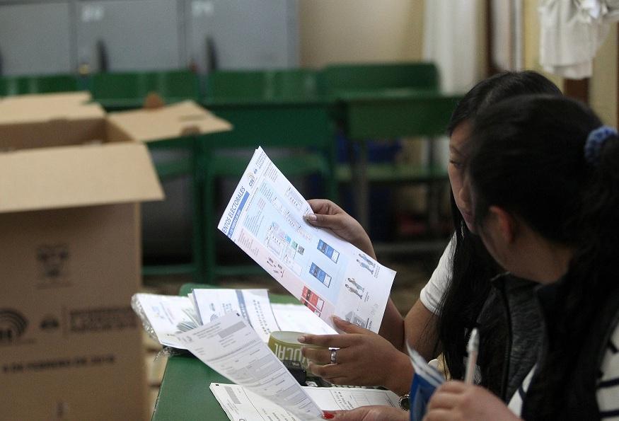 Ecuador defiende consulta ante cuestionamientos de la CIDH