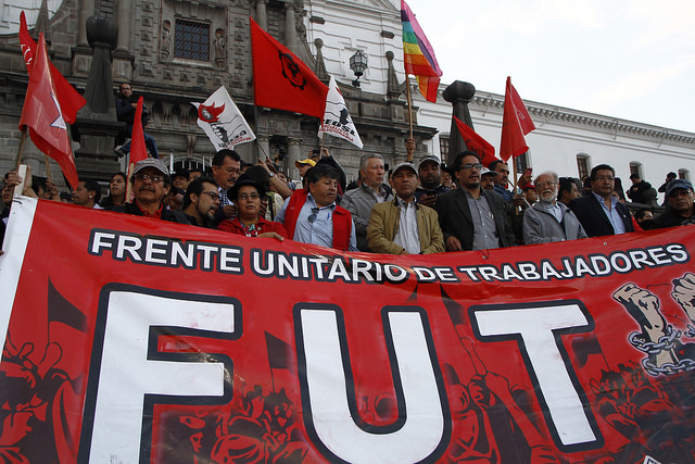 Ecuador: centrales sindicales marchan en rechazo a las políticas económicas de Lenín Moreno