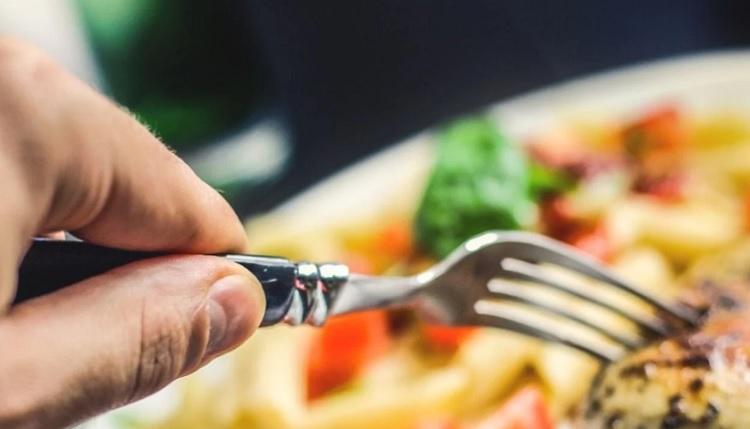 Los investigadores recuerdan que una dieta baja en proteínas y alta en carbohidratos no es una nueva moda. Foto: Pixabay