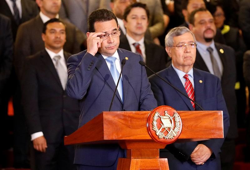 Guatemala retuvo vuelo a El Salvador donde pretendía expulsar a investigador CICIG