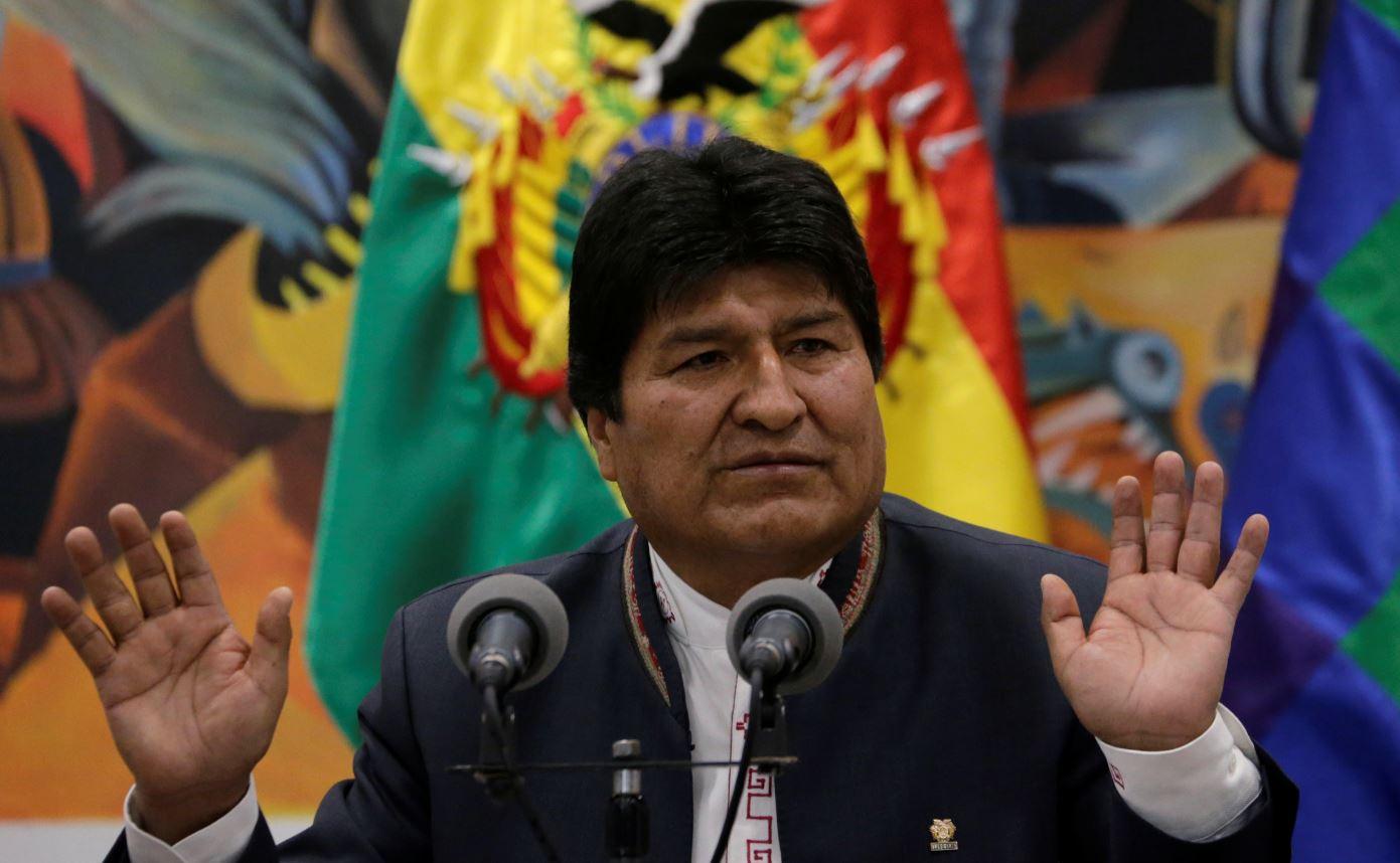 """""""Convocamos a organismos, opositores, a partidos, a ir municipio por municipio, voto por voto"""", dijo Evo Morales. Foto: Reuters."""