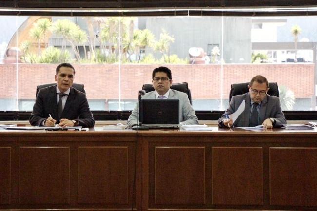 Tribunal de Ecuador ratifica orden de prisión preventiva contra Rafael Correa