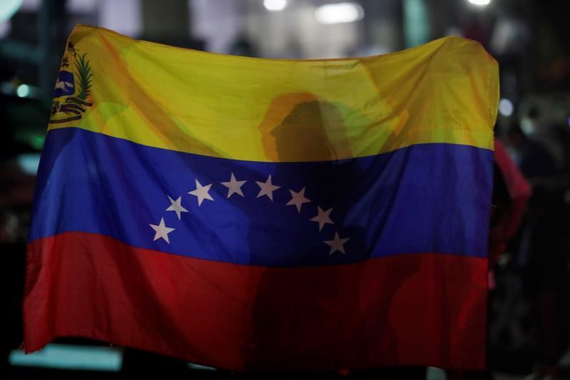 Argentina prohibió el ingreso a dos sindicalistas que llegaron desde Caracas