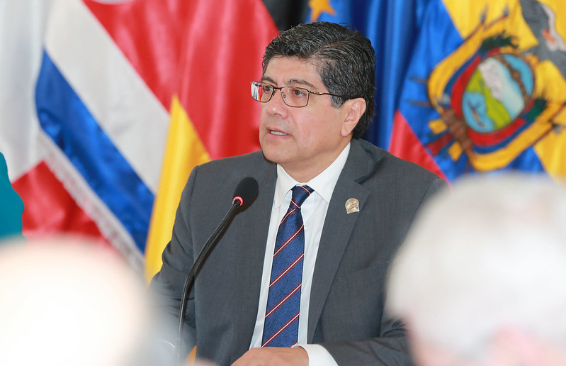José Valencia, canciller de la República.