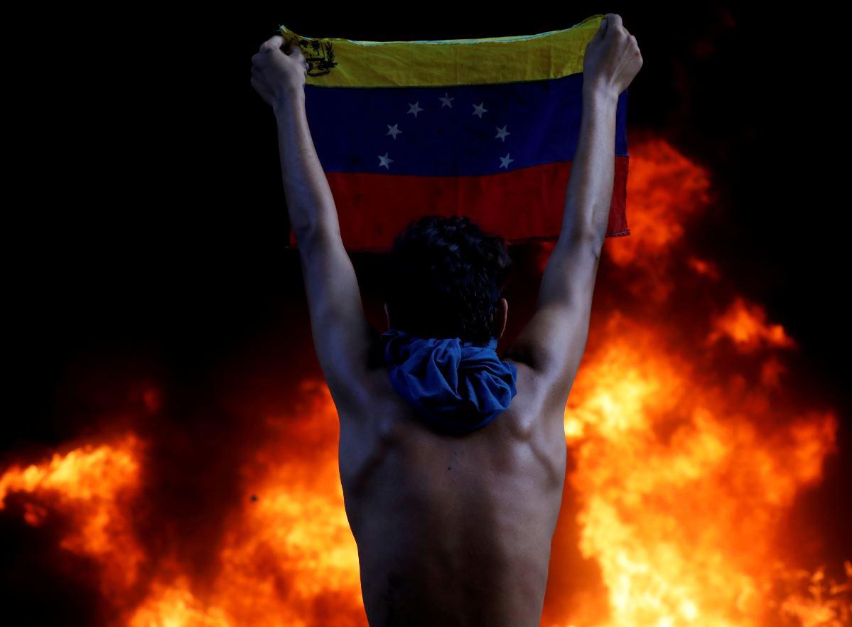 Advierten riesgos de nuevo apagón nacional en Venezuela