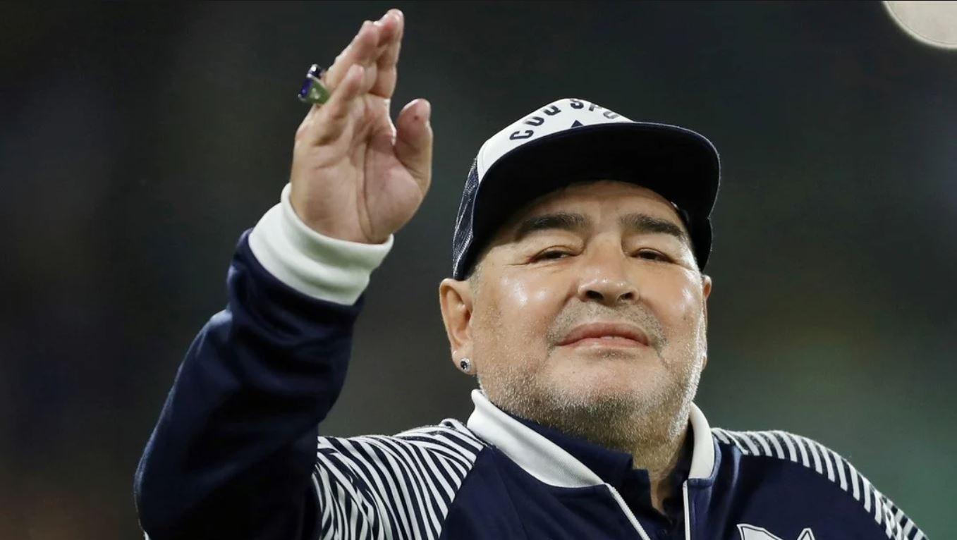 Conmoción: Diego Maradona fallece a los 60 años tras sufrir un paro cardíaco  | Vistazo