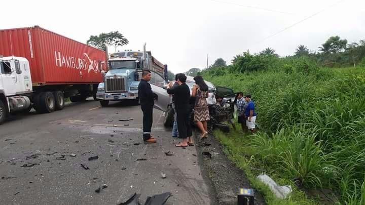 Quevedo: Cinco fallecidos deja un choque en la vía Santo Domingo