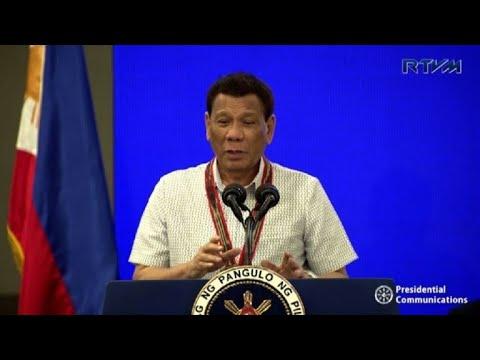 "Duterte causa nueva polémica al calificar a Dios de ""estúpido"""