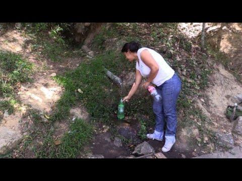 La escasez de agua agobia a los venezolanos