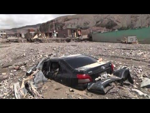 Avalanchas de lodo dejan muerte y destrucción en pueblos de Perú
