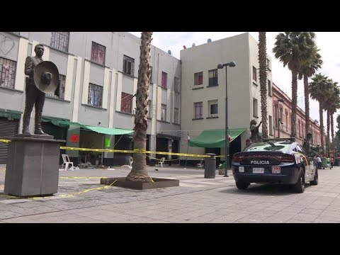 Cinco muertos en balacera en plaza turística de Ciudad de México