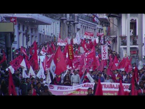 Trabajadores de Ecuador protestan contra alzas de combustibles