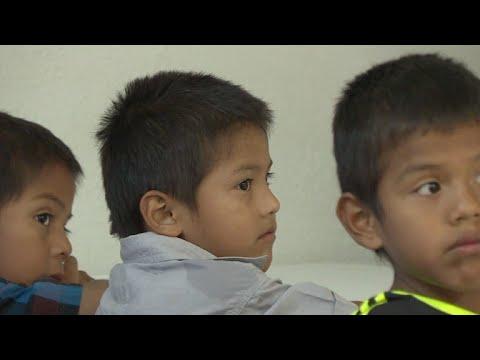 """ONU: es """"Inadmisible"""" separarar familias en la frontera"""