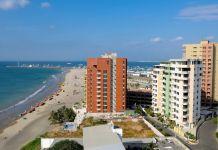 Unos de los contratos de inversión firmados es para el desarrollo hotelero de Manta. Foto: Vistazo