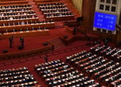 Como se esperaba, los casi 3.000 diputados de la Asamblea Nacional Popular (ANP) china adoptaron esta medida que ha reactivado las protestas en Hong Kong. Solo un diputado votó en contra y seis se abstuvieron.