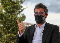 """""""Una de las cosas por las que utilizamos sintéticos y no el virus, es porque la seguridad es mucho mayor"""", dijo el presidente ejecutivo de Covaxx, Lou Reese. Foto: EFE"""