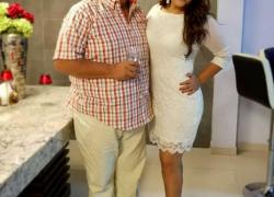 Merlyn Ochoa junto a su padre Washington Ochoa. Foto: @merlynochoa