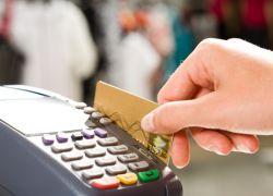 En un año, el crecimiento del uso de tarjetas de débito ha sido del 12%, según la Superintendencia de Bancos.
